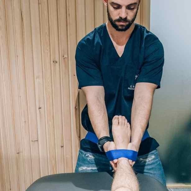 Φυσικοθεραπεια - Tεχνικη Mulligan στο Ergon Physio Center